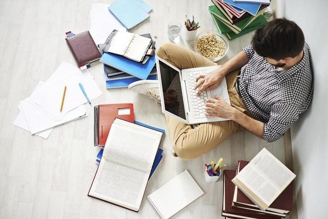 Học thiết kế web cần kiên trì, bền bỉ học tập